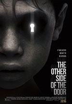 La locandina del film horror 2016 The Other Side of the Door