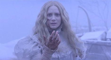 Un fotogramma del film Crimson Peak