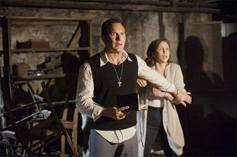 Gli attori Vera Farmiga e Patrick Wilson in un fotogramma del film horror L'Evocazione: The Conjuring