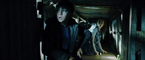 Un fotogramma del film horror The Pack (2015)