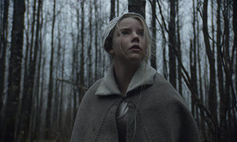 L'attrice Anya Taylor-Joy in un fotogramma del film horror The Witch (La Strega)