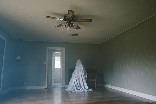 Un fotogramma della pellicola A Ghost Story