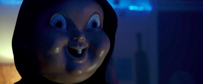 Un fotogramma del film horror Auguri per la tua morte