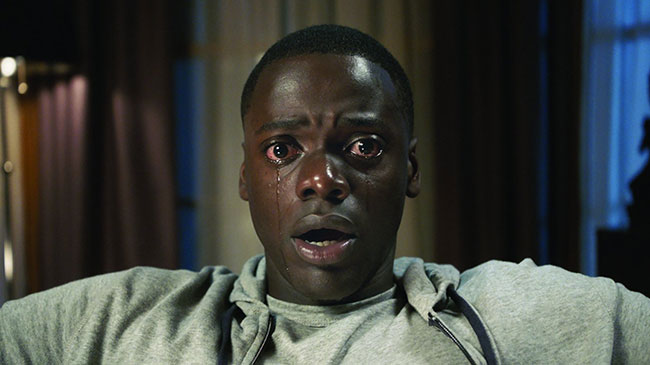 Un fotogramma del film del 2017 Scappa Get Out