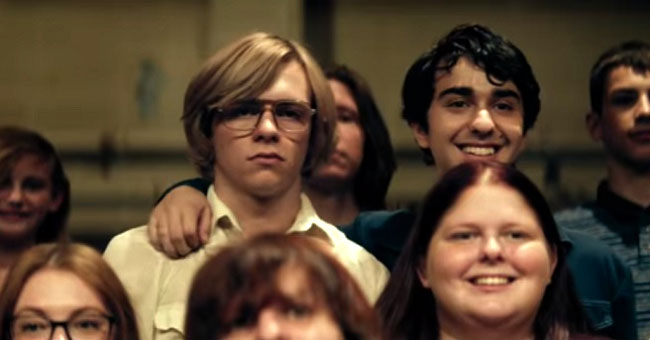 Gli attori Ross Lynch e Alex Wolff in una scena di My Friend Dahmer