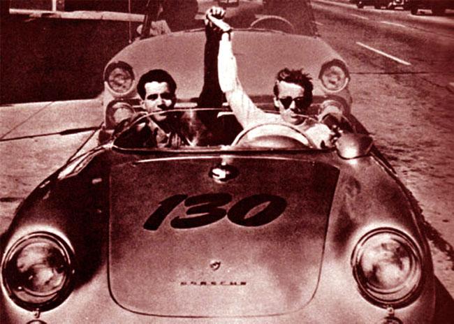 James Dean a bordo della Porsche Little Bastard numero 130
