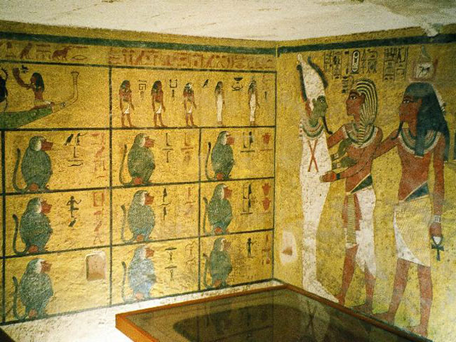 Decorazioni all'interno della tomba di Tutankhamon