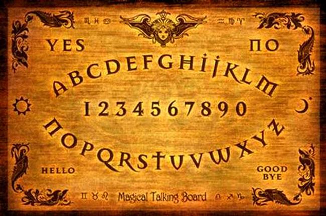 Una normale tavoletta Ouija