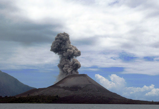 Anak Krakatau in attività