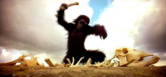 2001: Odissea nello Spazio, l'osso usato come arma