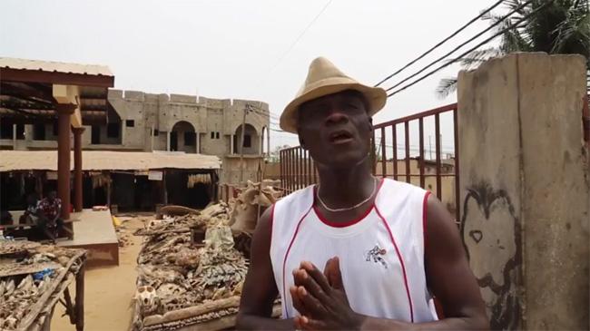 Un video sul supermarket di feticci di Akodessewa
