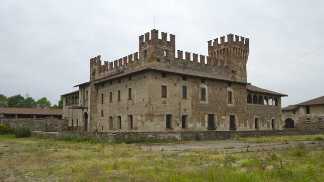il castello di Malpaga a Cavernago (Bergamo)
