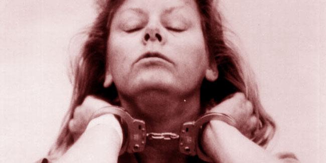 Aileen Wuornos ammanettata