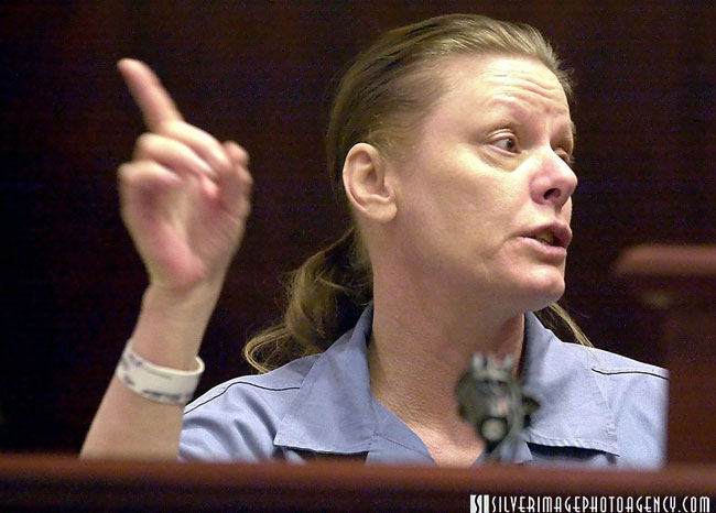 Aileen Wuornos testimonia al proprio processo