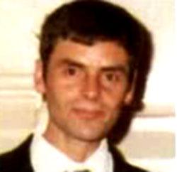 Il serial killer Peter Tobin da giovane