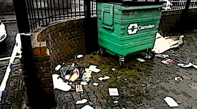 Un cassonetto della spazzatura a Camden